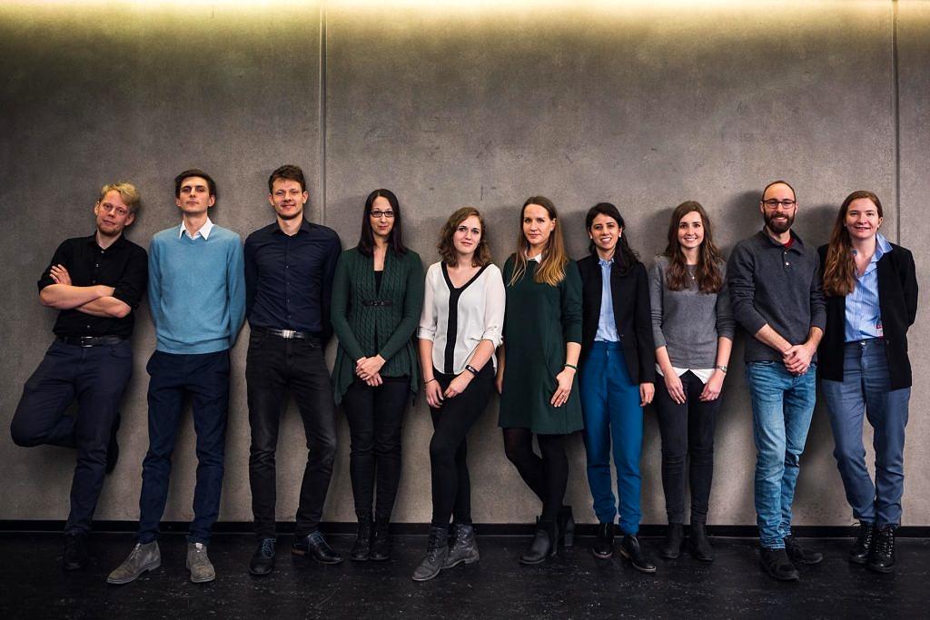 ZD.B-Graduate Team Picture